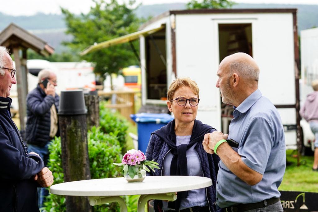 Turnierleitung Martina Dammrose und Fritz Ibershoff